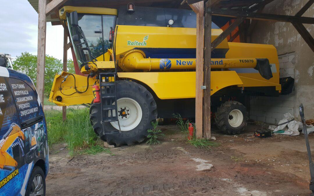 Kombajn New Holland TC5070